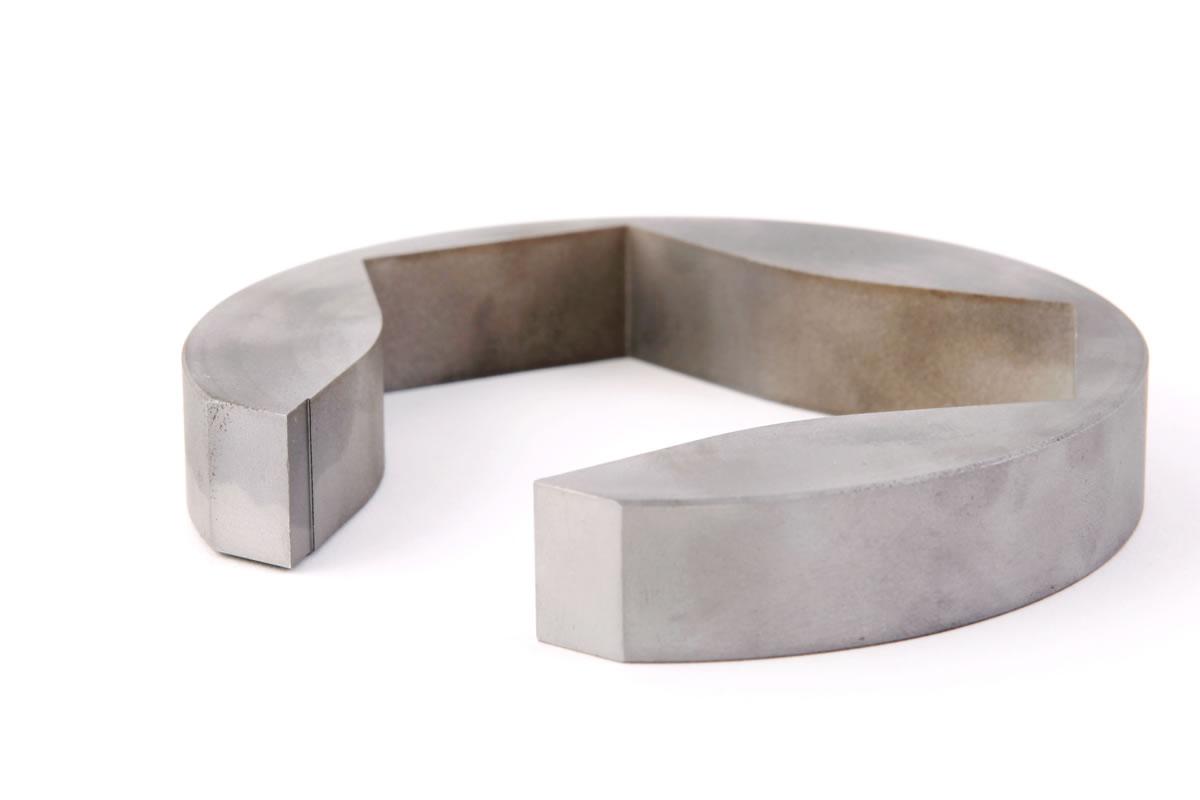 Piezas mecanizadas en aluminio y corte por hilo